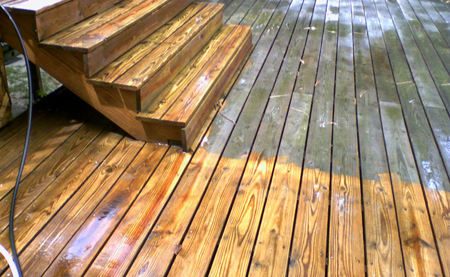 DeckResurrect Cleans Decks in Delmarva